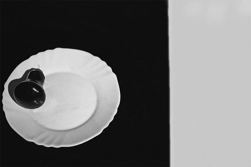 Electric черно белая абстракция